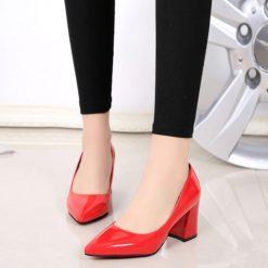Kırmızı Rugan Kalın Topuklu Ayakkabı